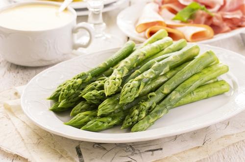 Sezona špargljev za zdrav in okusen obrok