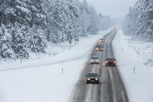 Nekaj nasvetov za varno vožnjo v zimskem času