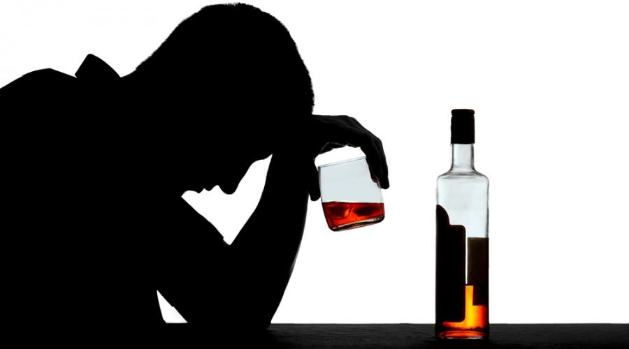 V letu 2014 pri nas 804 smrti zaradi alkohola