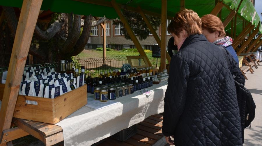 Promocija lokalne ekološke hrane na Biotehniški šoli Maribor