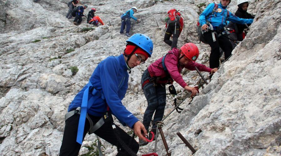 Varno v gore: 70 % nesreč se zgodi pri sestopu