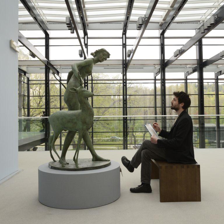 Dan odprtih vrat v Narodni galeriji: risanje med umetninami