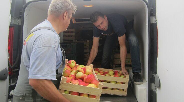 Zadruga Dobrina – vez med podeželjem in mestom, ki med drugim ponuja tudi kmečki catering