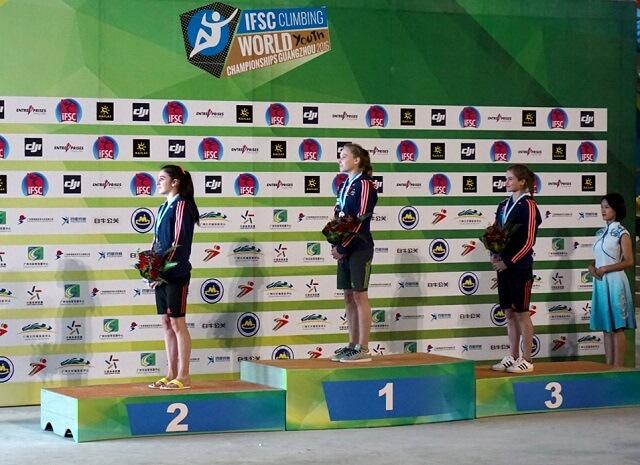 Trojna slovenska zmaga za športne plezalke na svetovnem prvenstvu