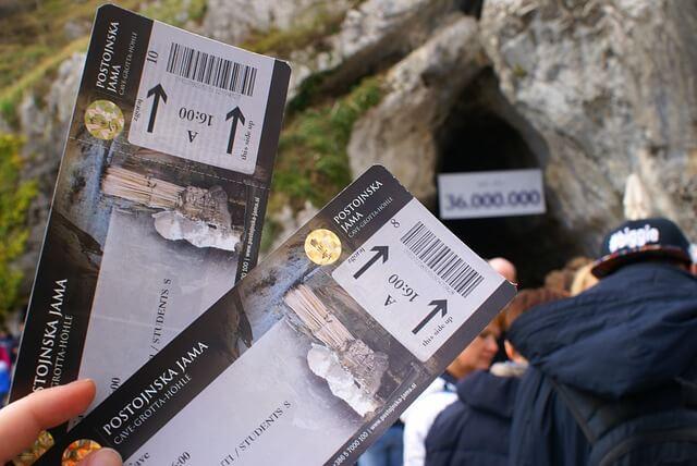 Postojnska jama išče letošnjega milijontega obiskovalca