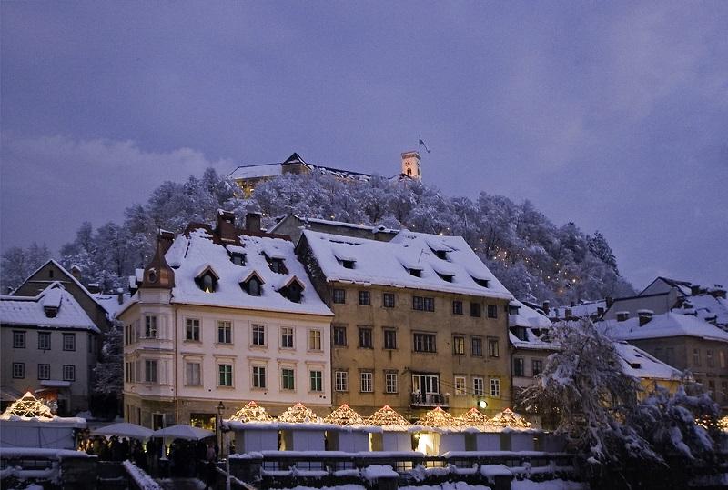 Ljubljano The Guardian uvrstil med Top 10 najboljših zimskih mestnih izletov