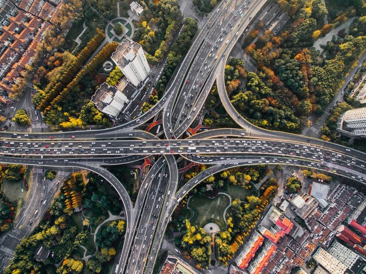 Prihodnost avtomobilov – popolnoma samodejna vožnja in povečana varnost