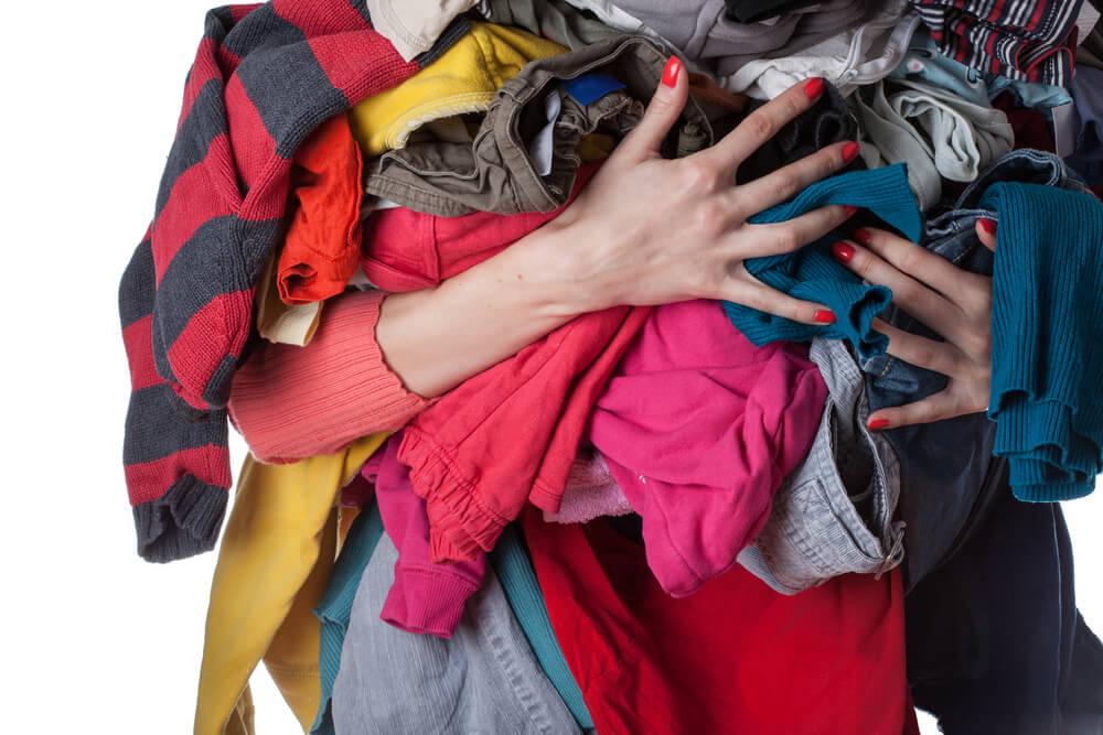 6 nasvetov, kako zaščititi oblačila in se izogniti moljem