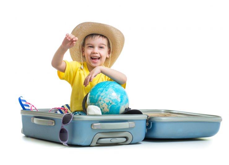 """Potovanje z otrokom: """"Smo vzeli vse s seboj?"""""""