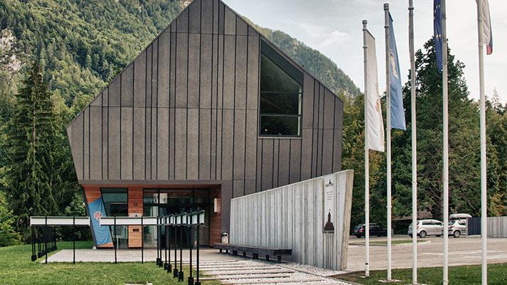 Slovenski planinski muzej vabi na pohod z ogledom ostalin savske linije