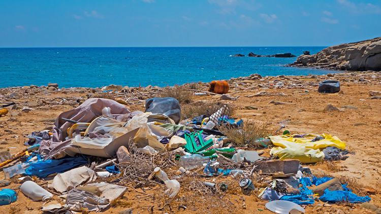Majhen oddaljeni otrok najbolj onesnažen kraj na Zemlji