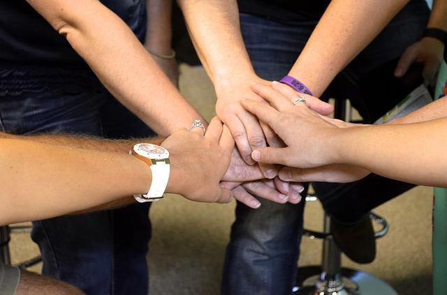 Dovolj za vse – Skupnostno upravljanje z življenjskimi viri v lokalni skupnosti prihaja v Kranj