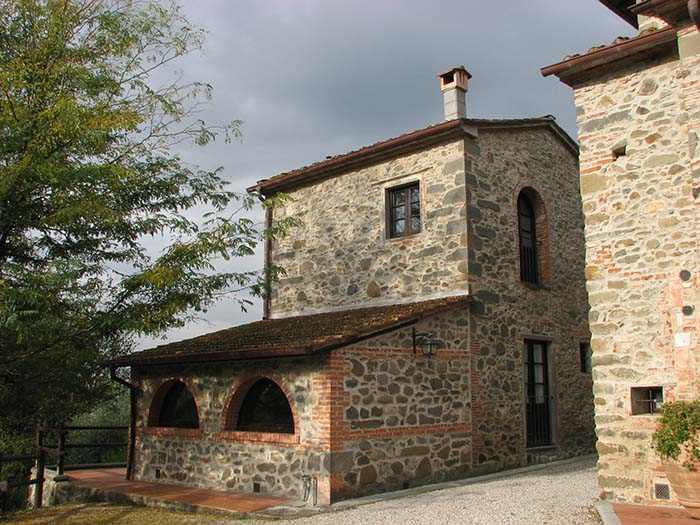 Stare kmečke hiše so preurejene v udobne apartmaje – Villa Stabbia