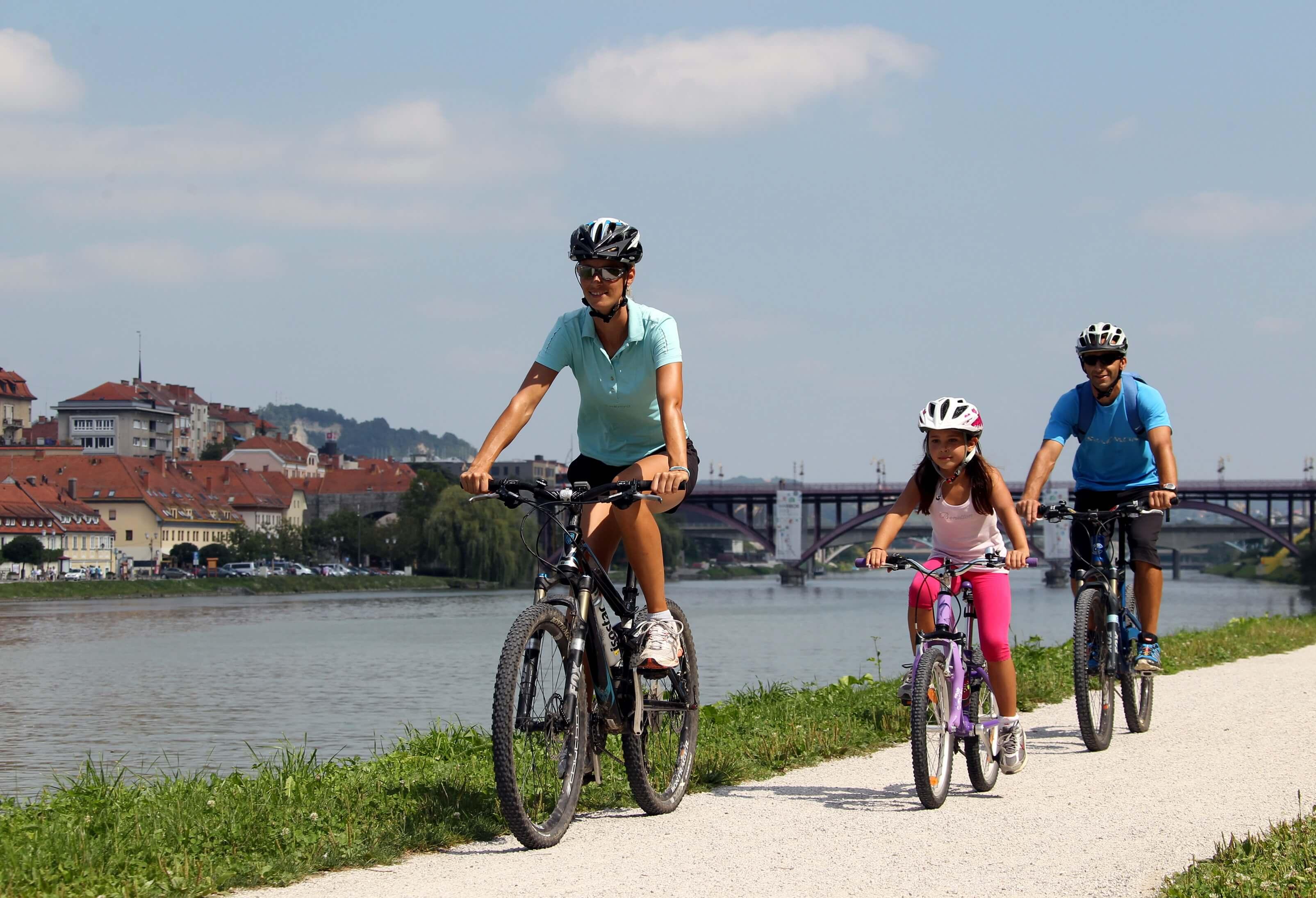 Dravska kolesarska pot – trasa v Sloveniji bo označena do poletja