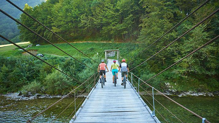 Kolesarim, da pomagam! Dobrodelna kolesarska akcija po Severni Primorski