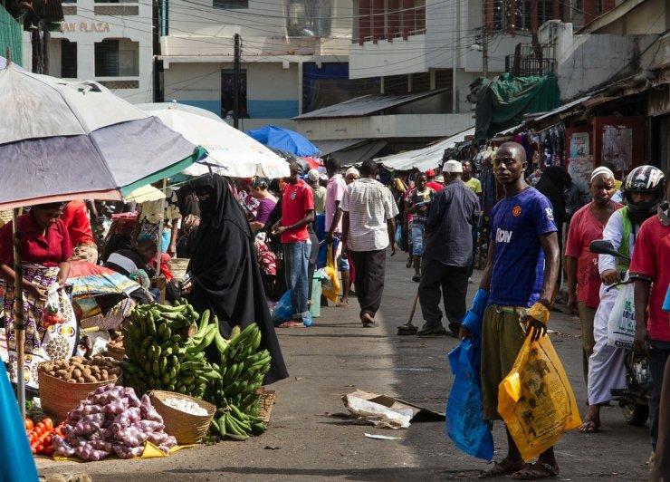 Kenijski proizvajalci plastičnih vrečk tvegajo zapor