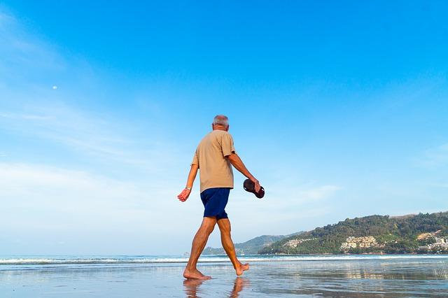 Psihologinja razkriva ključni dejavnik za dolgo življenje