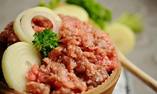minced-meat-2309860_640