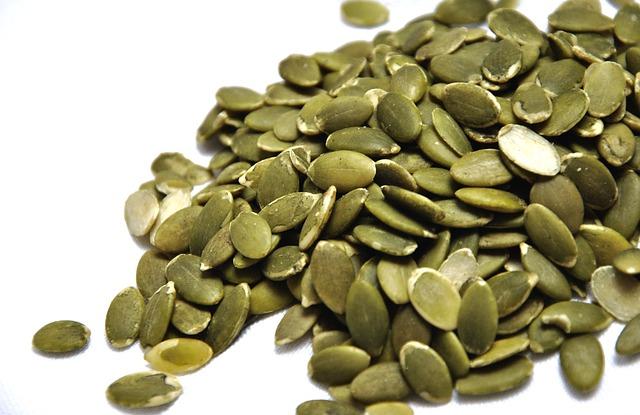 pumpkin-seeds-1489510_640