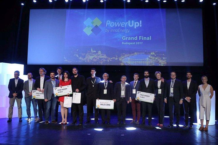 Znani zmagovalci mednarodnega tekmovanja Powerup!, slovenska ekipa dobila posebno povabilo