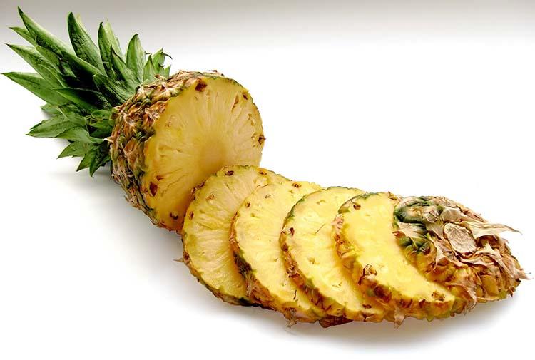 pineapple-636562_1920_wewb