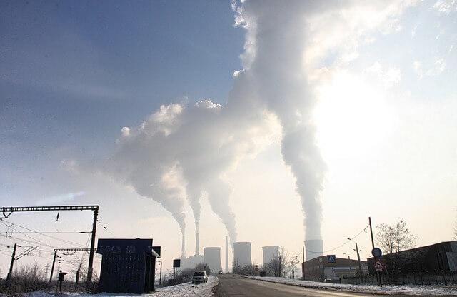Podnebna konferenca ZN: gospodarstvo v EU raste, emisije upadajo