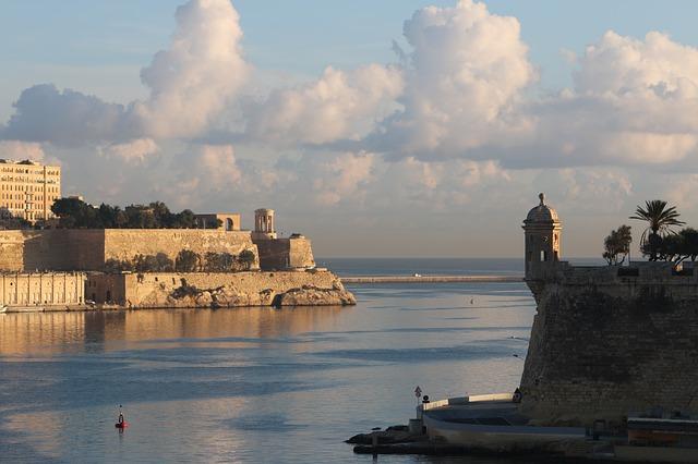 Leeuwarden na Nizozemskem in Valletta na Malti letošnji evropski prestolnici kulture