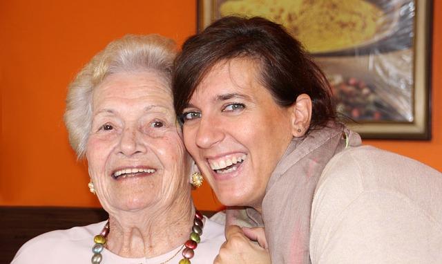 Čezmejno sodelovanje za boljše pogoje življenja z demenco