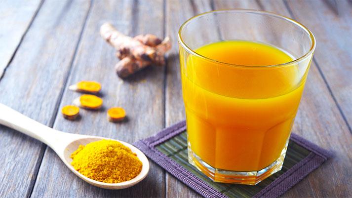 Kurkumin napitek za razstrupitev telesa