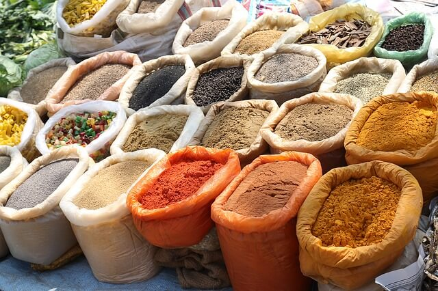 indian-spices-829198_640