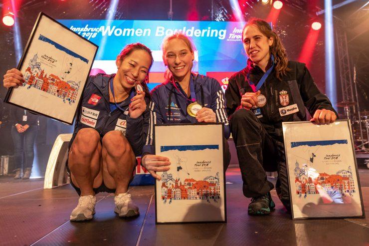 Janja Garnbret svetovna prvakinja v balvanih in finalistka olimpijske kombinacije