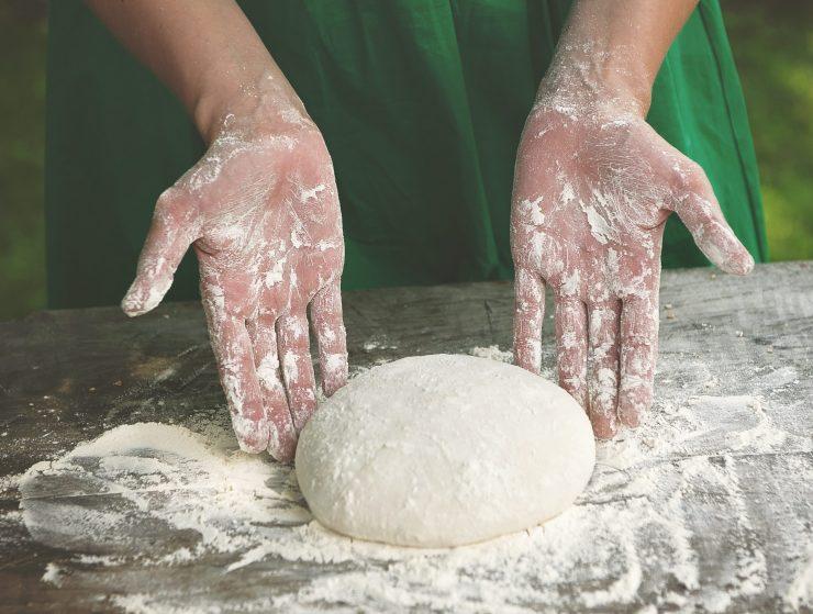 Kruh naše prihodnosti je kruh naše preteklosti