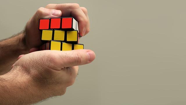 Trzinčan na mednarodnem tekmovanju najhitreje sestavil Rubikovo kocko