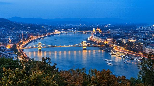 budapest-3760434_640