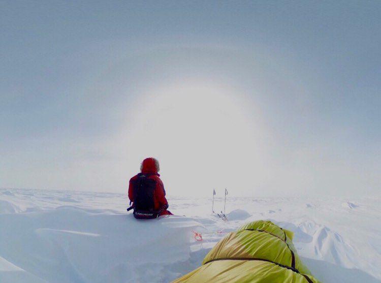 Prvi - in brez pomoči - prehodil Antarktiko