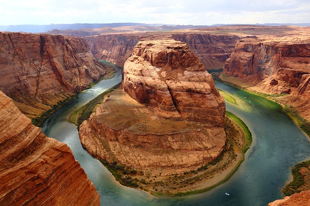horseshoe-bend-1908283_640