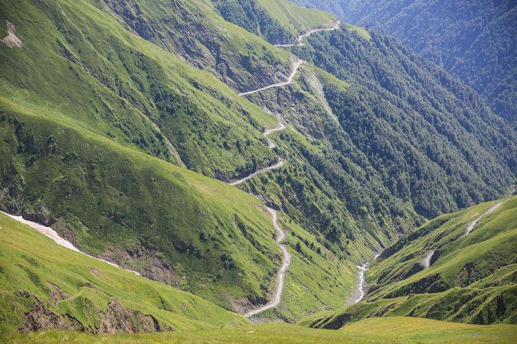 Nenavadni kraji: najbolj nevarna cesta na svetu