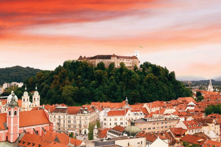 Mednarodni nagradi za Ljubljanski grad in hostel Celica