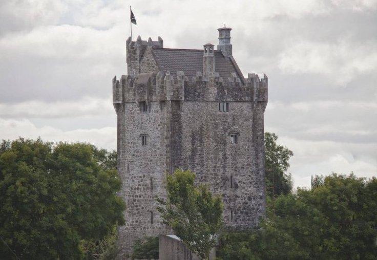 Airbnb: najpopularnejša soba za najem je v starem irskem gradu