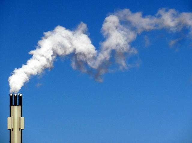Pregled izvajanja okoljske politike EU: v Sloveniji problematična voda in zrak