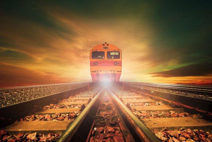 Prvi vlak na svetu na sončno energijo
