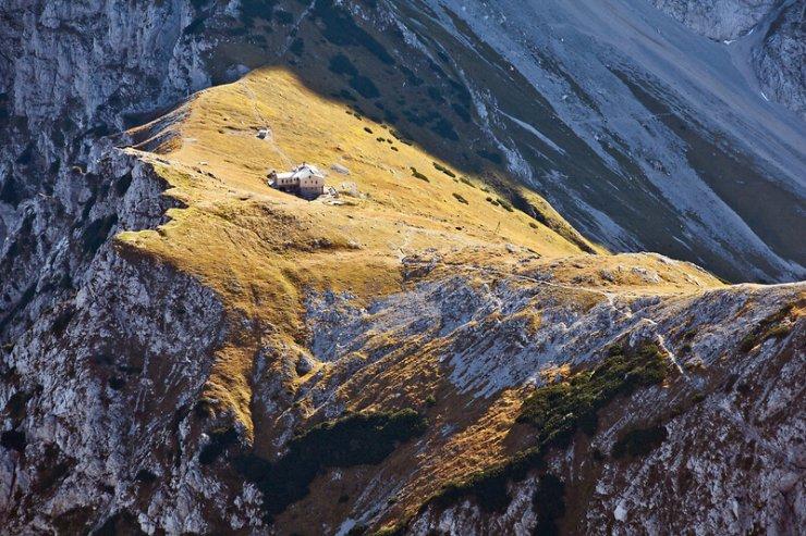 Akcija Gluhi strežejo v planinskih kočah še ta in naslednji vikend