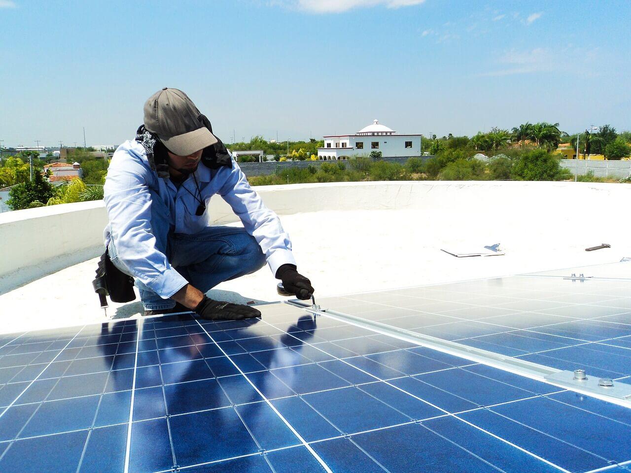 Sončne elektrarne uspešne v tekmi z drugimi tehnologijami