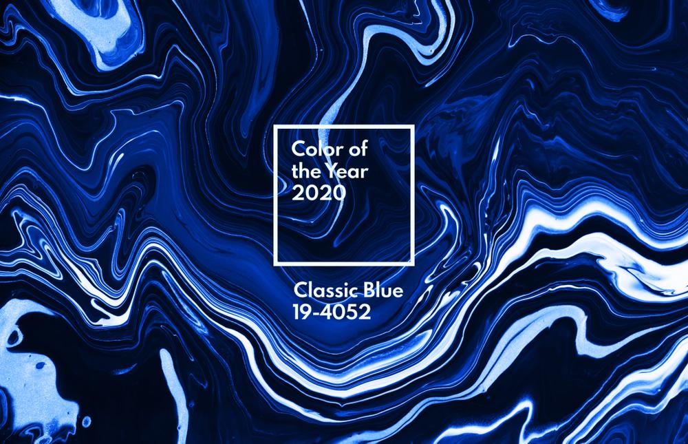 Barva leta 2020: klasično modra