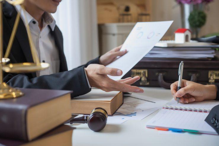 Jutri je dan odvetniške pravne pomoči pro bono