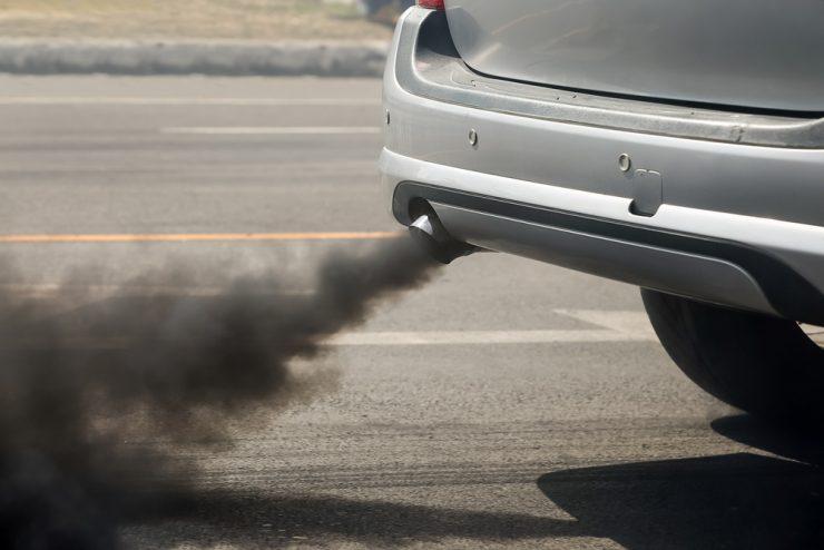 Nove strožje omejitve za izpuste CO2 pri osebnih in kombiniranih vozilih