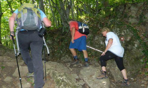 Slepi in slabovidni začenjajo Slovensko planinsko pot