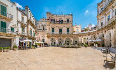 Razprodaje v Italiji: hiše ob morju po 1 evro!
