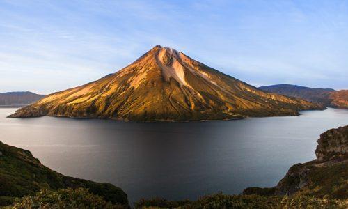 Nenavadni kraji: Otok Onekotan – dom vulkanov